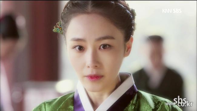 홍수현, 왕후의 자존심 지키며 아름다운 퇴장!