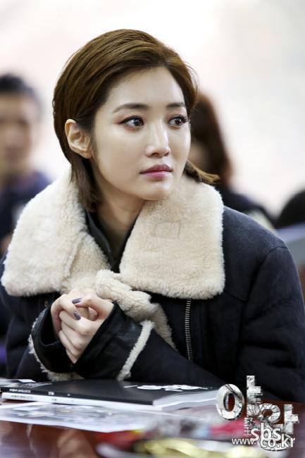 '야왕' 대본 연습중인 배우들