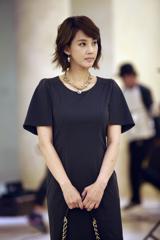 SBS 수목드라마 [보스를 지켜라] 오현경, 장비서 김하균 맞선녀로 카메오군단합류 썸네일 이미지