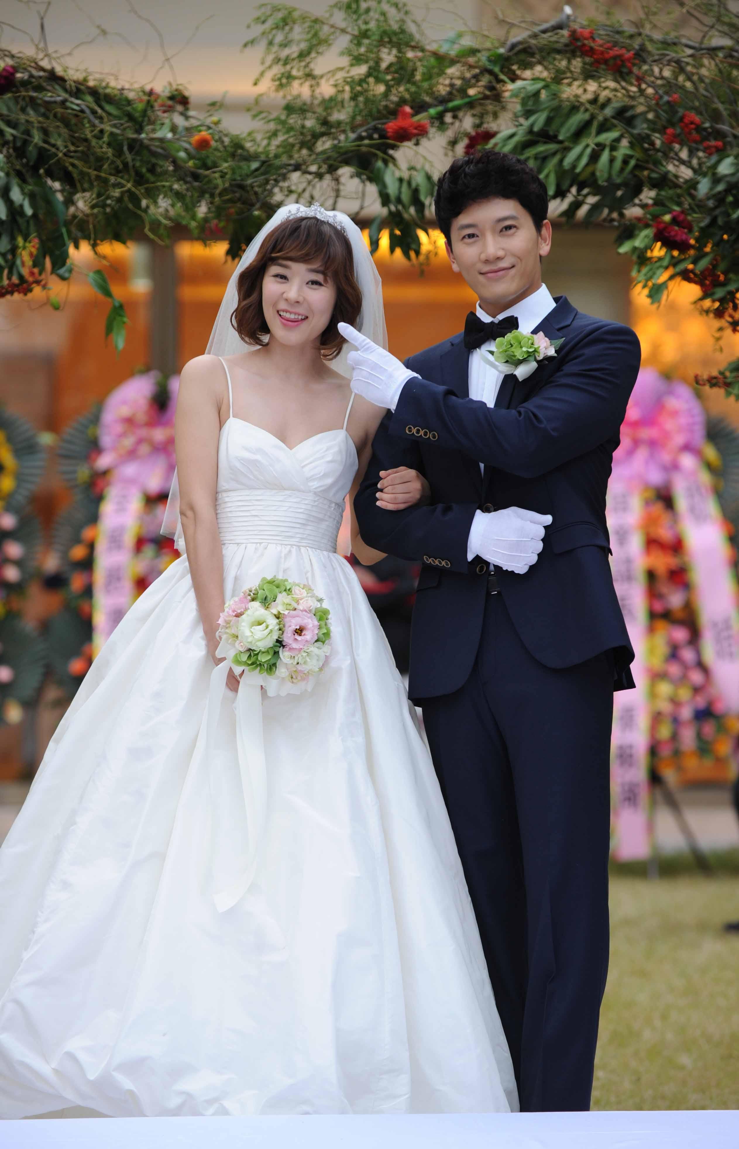 SBS 드라마스페셜 [보스를 지켜라] '지성, 최강희에게 프로포즈할 때 실제눈물날뻔했다' 썸네일 이미지